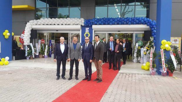 Montea Mağazasının Altınova Şubesi açılışı